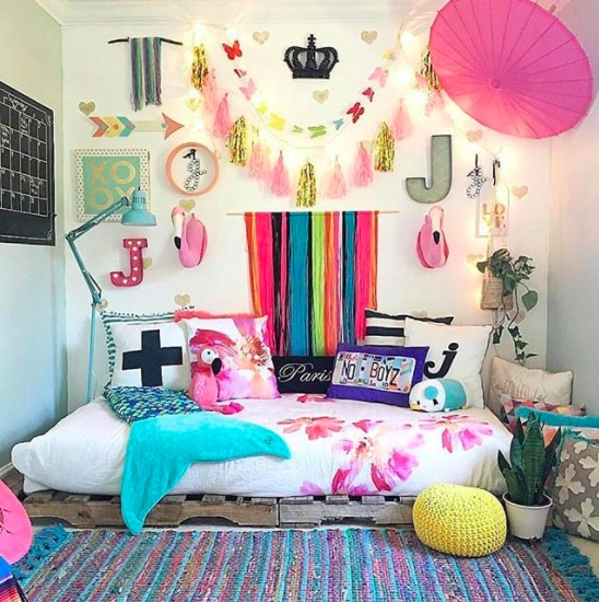 Jen streeter blissfully eclectic home tour colorful kids room pink girl