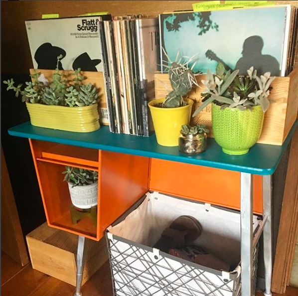 Dig and hang recycled side table for records