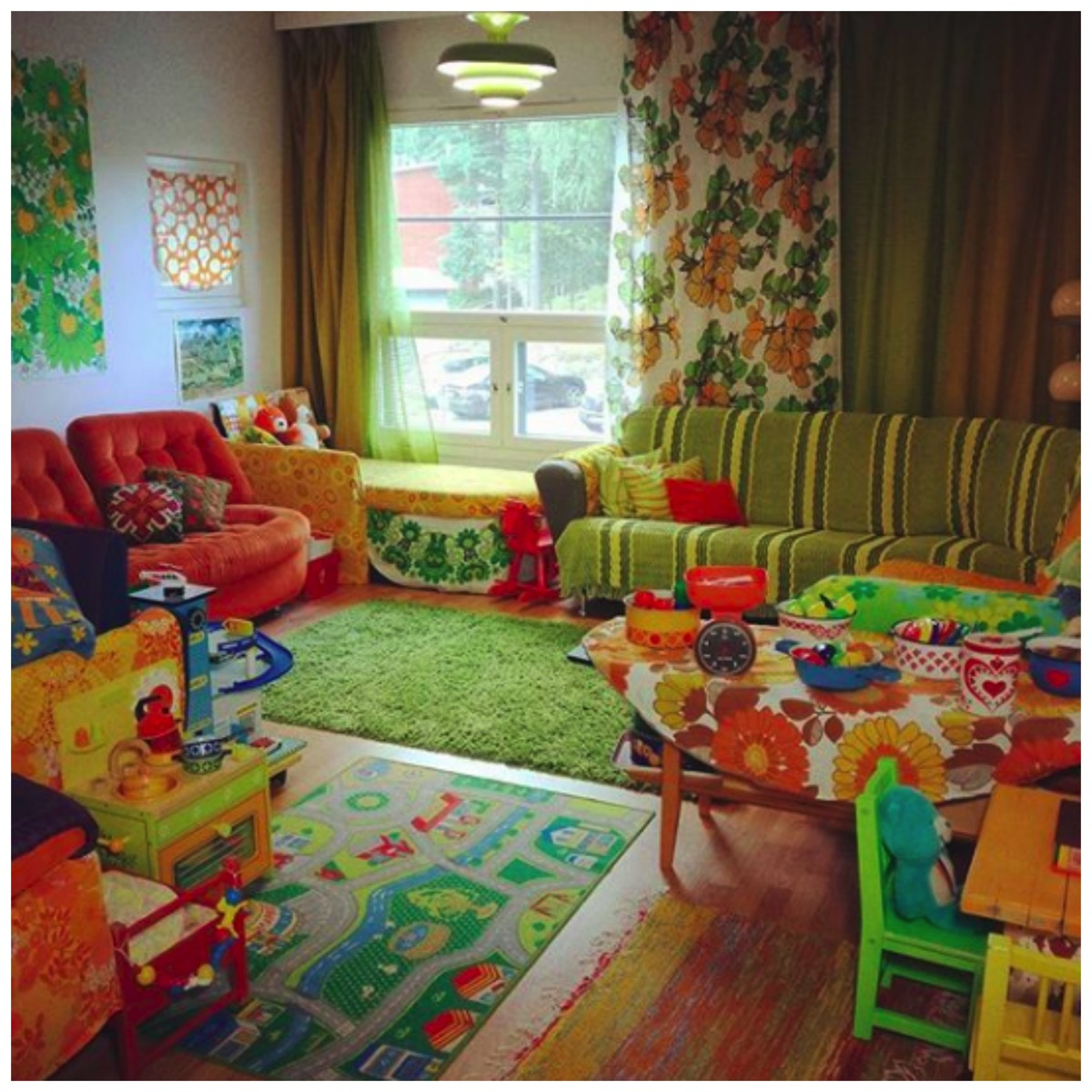 Colorful retro vintage livingroom